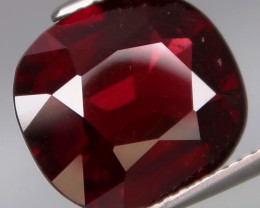 7.39 Ct. 100% Natural Earth Mined Red Rhodolite Garnet Africa