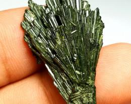 Amazing Damage free Flower tree shape Epidote crystal 30Cts-Pak