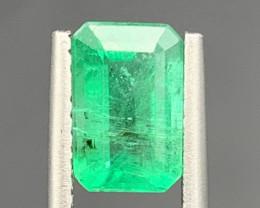 1.38 cts Super Top Quality  Emerald Gemstone