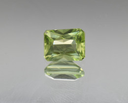 Natural Peridot 1.80  Cts, Pakistan