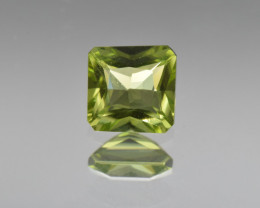 Natural Peridot 1.07 Cts, Pakistan