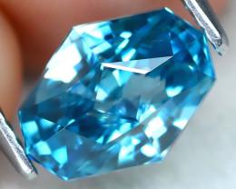 3.09Ct VVS Master Cut Natural Ratthanakiri Blue Zircon AT0727