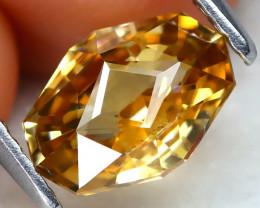 Yellow Zircon 2.20Ct VVS Master Cut Natural Yellow Zircon AT0748