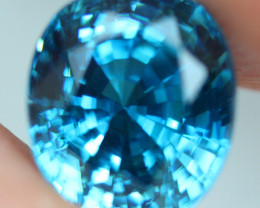6.35 CT  Attractive Deep Royal Blue Natural Cambodian Blue Zircon
