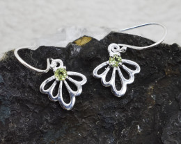PERIDOT EARRINGS 925 STERLING SILVER NATURAL GEMSTONE JE249