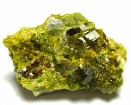 Amazing Natural color Damage free Epidote cluster combine with Garnet 80Cts