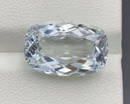 7.93 Carats Aquamarine Gemstone