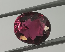 Turmaline, 1.18ct, small stone with a big fire!