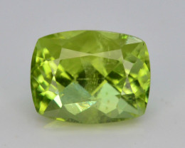 Apple Green 1.95 Ct Natural Peridot