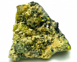 Amazing Natural color Damage free Epidote cluster combine with Diposide 750