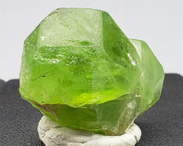 Peridot Crystal 82.78 cts (US seller)