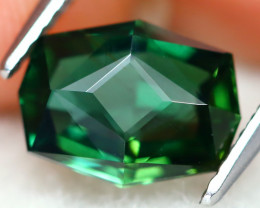 Green Apatite 2.55Ct VVS Master Cut Natural Green Apatite AT0379
