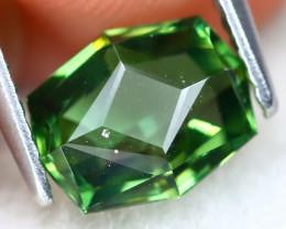 Green Apatite 2.10Ct VS2 Master Cut Natural Green Apatite AT0412