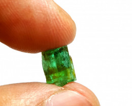 Amazing Natural color lovely faceted grade Emerald Piece 3.3Cts-A