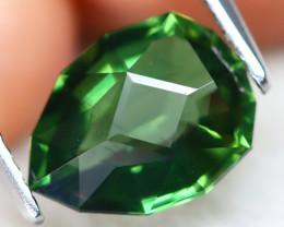 Green Apatite 2.22Ct VVS Master Cut Natural Green Apatite AT0463