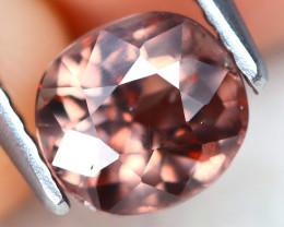 Color Change Garnet 1.43Ct VS2 Round Cut Natural Color Change Garnet B2508