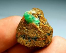 Amazing Natural color Gemmy Emerald  3 Specimen lot 66Cts-A