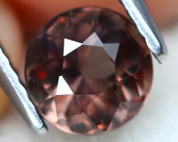 Color Change Garnet 1.34Ct VS2 Round Cut Natural Color Change A2813