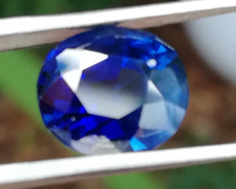 Sapphire, 3.65ct, certified, royal blue, untreated, almost perfect stone!!!