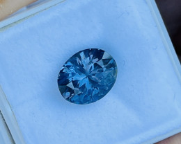 3.23 ct Sri Lankan spinel.  Blue to violet change.