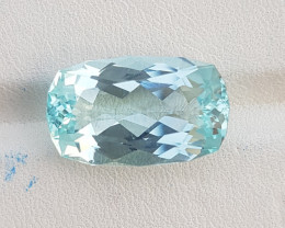14.15 CTS Top Color Aquamarine Gem.