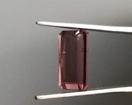 Tourmaline, 2.63ct, great colour medium quality!