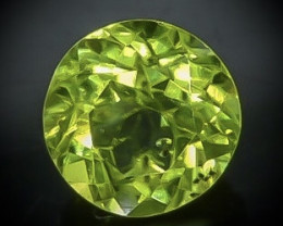 1.00 Crt  Peridot Faceted Gemstone (Rk-88)