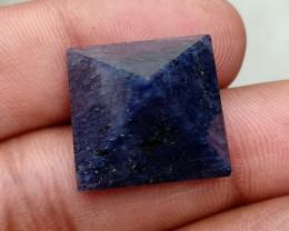PYRAMID Made With Natural Gemstone VA3589