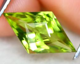 Peridot 2.14Ct VVS Master Cut Natural Neon Green Color Peridot AT0962