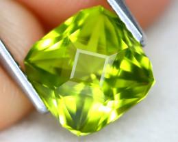 Peridot 2.15Ct VVS Master Cut Natural Neon Green Color Peridot AT0980