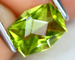 Peridot 1.17Ct VVS Master Cut Natural Neon Green Color Peridot AT0983