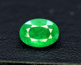 Emerald, 1.65 Carats Oval Cut Natural Zambian Emerald Gemstone