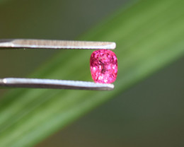 0.60ct - True Hot-Pink Spinel - eyes-clean !