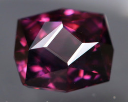 Purple Spinel 2.53Ct VVS Master Cut Natural Purple Spinel AT1041