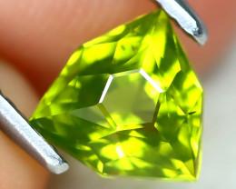 Peridot 1.08Ct VVS Master Cut Natural Neon Green Color Peridot AT1059