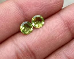 PERIDOT PAIR 6mm Natural Untreated Gemstone VA3813