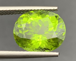 6.77 CT  Peridot Gemstones