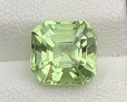 3.05 CT Peridot Gemstones