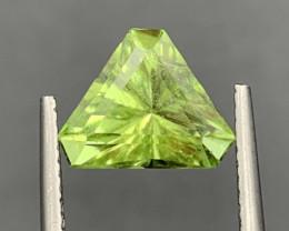 2.31 CT Peridot Gemstones