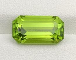 5.81 CT Peridot Gemstones