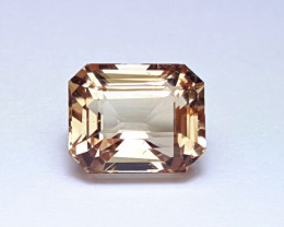 5.50 Eye clean  Unheated Whisky color Emerald cut Topaz 5.50Cts -Pakistan