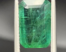 3.06 cts Super Top Quality  Emerald Gemstone