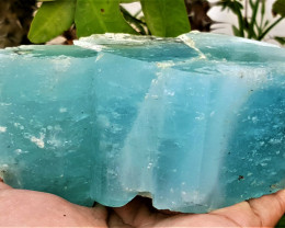 Amazing Natural Good color Huge Damage free Aquamarine crystal 3200Cts-A