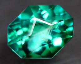 Green Topaz 5.26Ct VVS Master Cut Natural Vivid Leaf Green Topaz AT0044