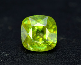 Sphene Titanite, 5.55 CT Natural Full Fire Sphene Titanite Gemstone