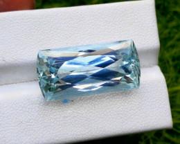 Aquamarine, 25.00 cts Top Color Natural Aquamarine from Pakistan