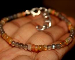 17 Crts Natural Welo Opal & Labradorite Beads Bracelet 179