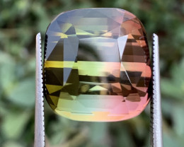 25.25 carats Bi-colour Tourmaline Gemstone From Afghanistan