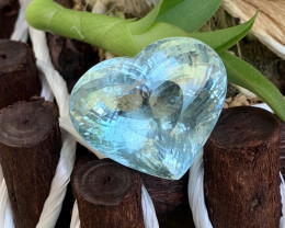 46.80 Cts Top Quality Electric Blue Natural Aquamarine Heart Shape