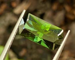 4.98 ct green Tourmaline with fine cutting  Gemstone